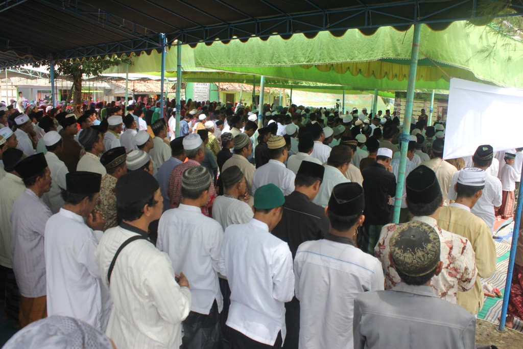 Haul Akbar Sayyid Ali Barangbang Dibanjiri 3 Ribu Jama'ah Se-Jatim dan Bali