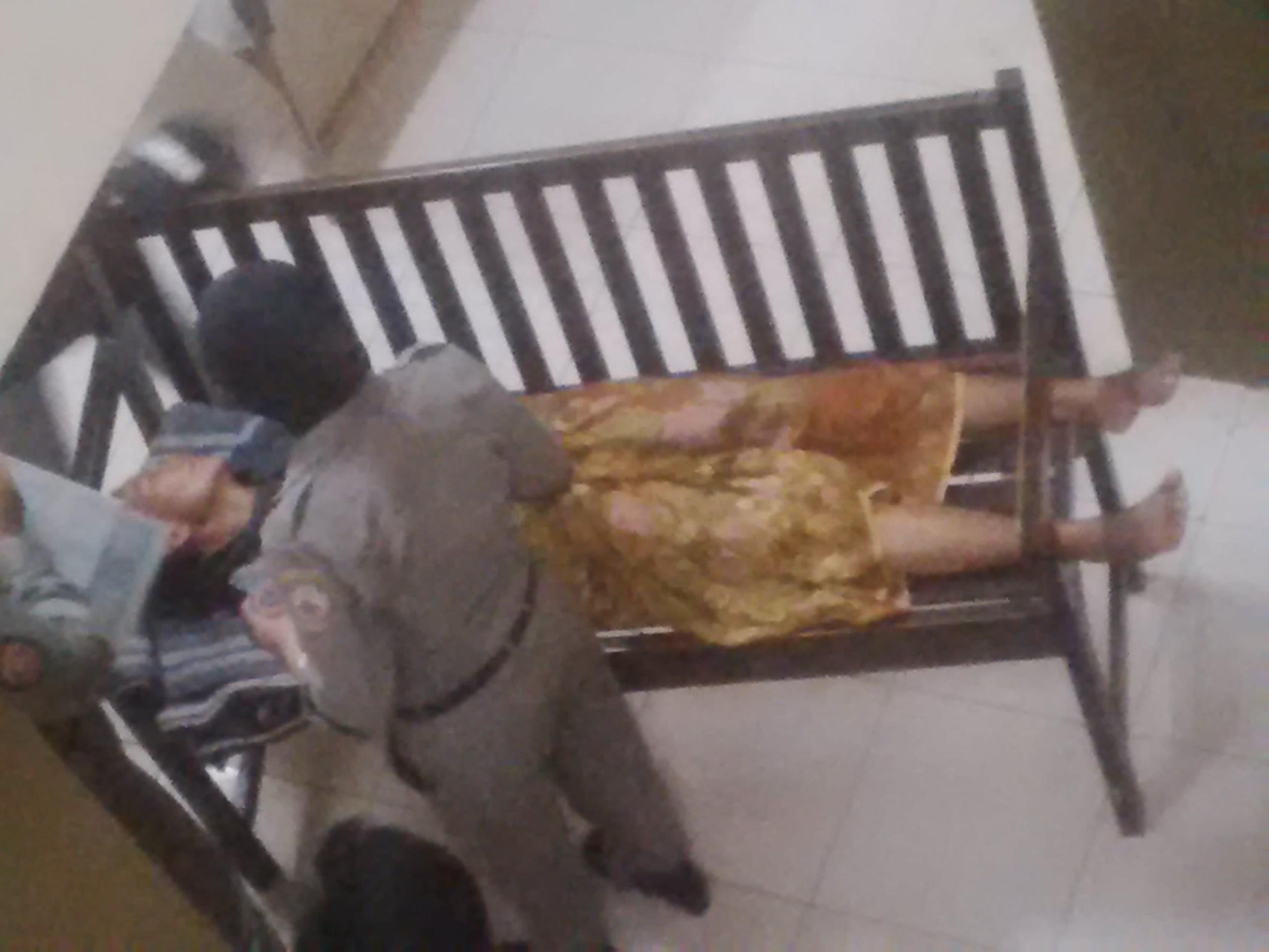 Anaknya Diamankan Satpol PP, Ibu Asal Bangkalan Ini Pingsan