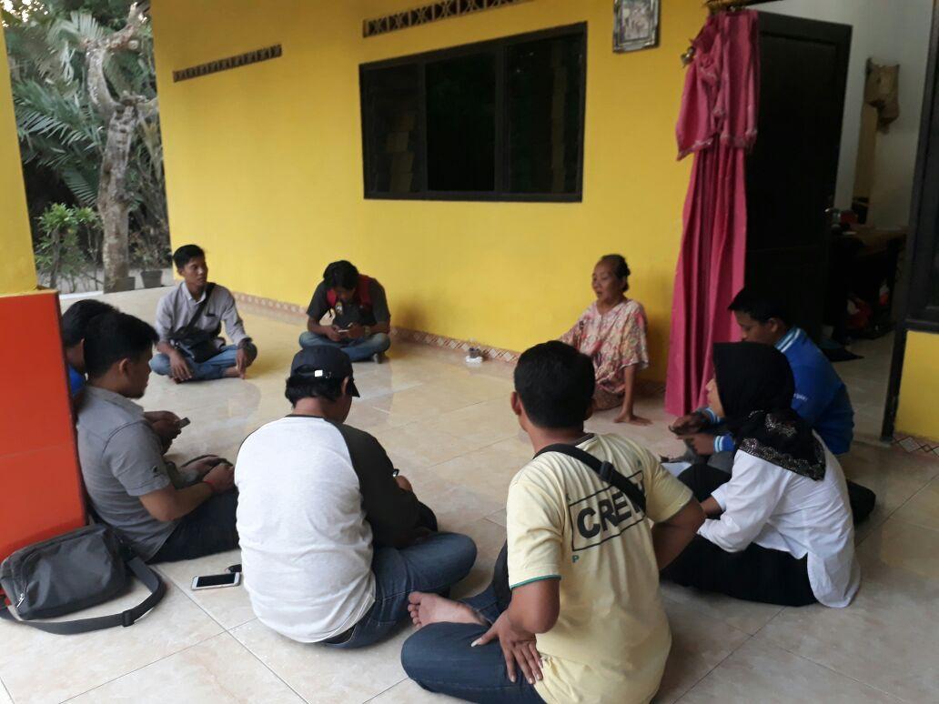 Ibu Sofyan Pemilik Warung Favorit Sakit, KWB Datang Menjenguk
