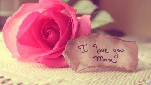 """""""Cuma Ibu yang Tahu"""" Judul Puisi Khofifah yang Bikin Haru"""