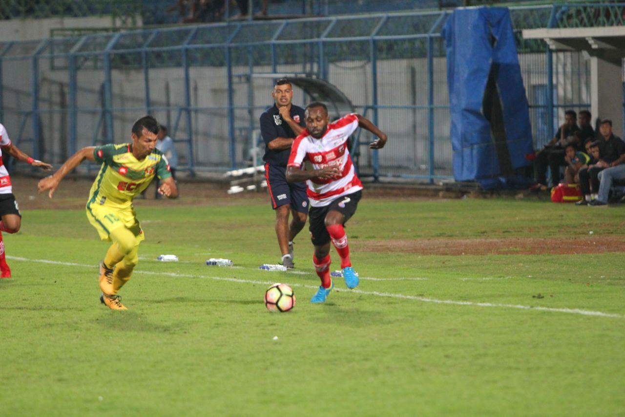 Half Time; Sepasang Gol Marcel & Engelberd Benamkan Kedah FA