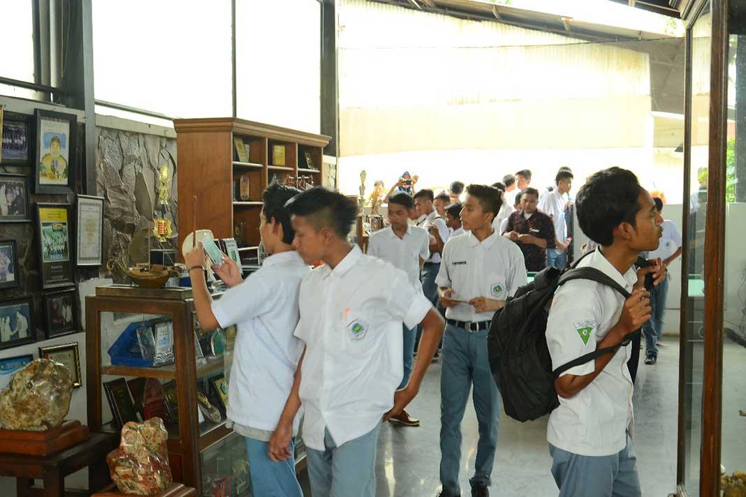 SMK Al Karimiyyah Sumenep, Kunker Industri Ke Repoeblik Telo