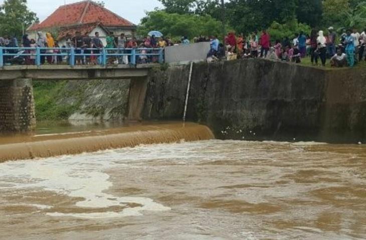 Satu Korban Tenggelam di Dam Air Asta Katandur Ditemukan Tersangkut Semak-semak