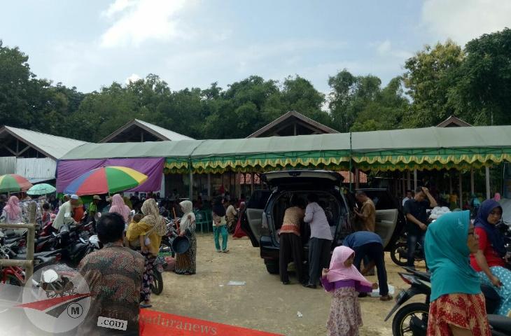 Peresmian Pasar Empu Kelleng Desa Pademawu Barat Disambut Antusiasme Masyarakat