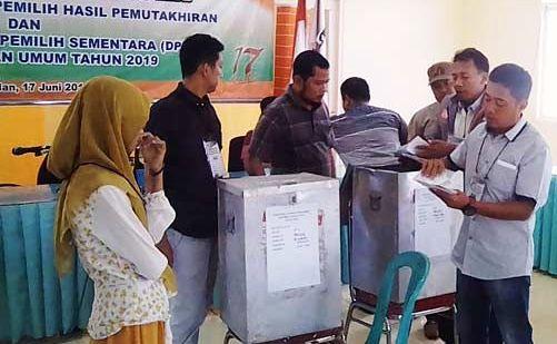KPUD Bangkalan Gelar Simulasi Pungut dan Hitung Suara Pilgub dan Pilbup 2018