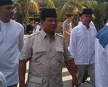 Teriakan 'Prabowo Presiden' Sambut Kunjungan Prabowo Subianto ke Bangkalan