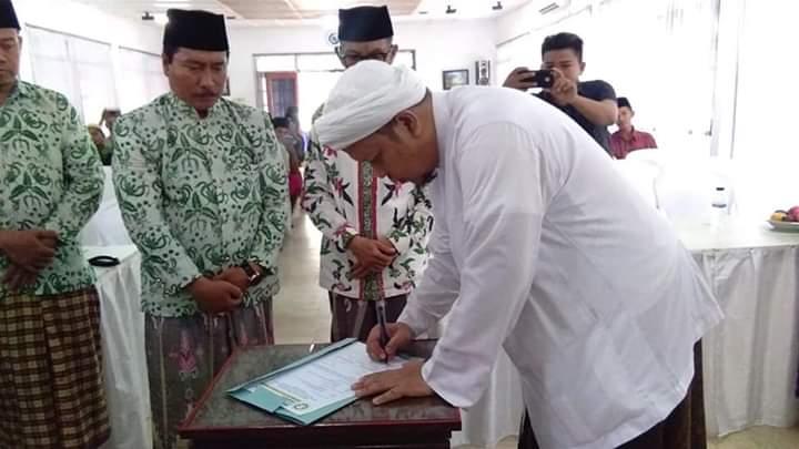 Pengasuh Ponpes Darul Ulum Banyuanyar Berharap Alumni Gunakan Teknologi untuk Hal Positif
