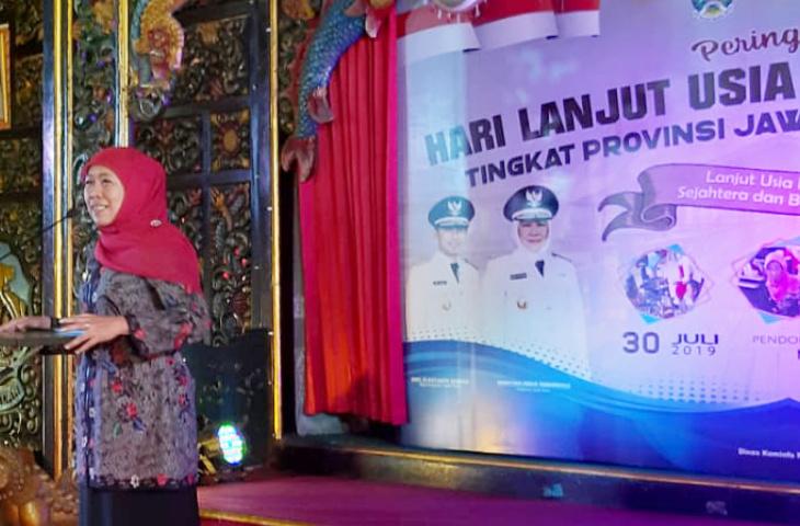 Hari Lanjut Usia Nasional ke-23 di Bangkalan. Ini Harapan Gubernur Khofifah