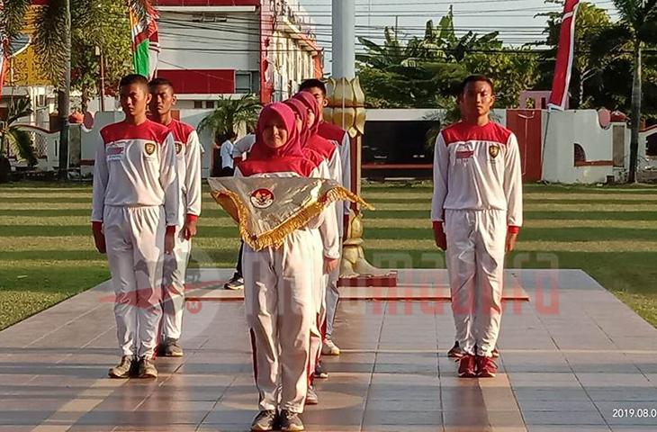 Mendekati 17 Agustus, Paskibaraka Sumenep Latihan di Halaman Pemkab