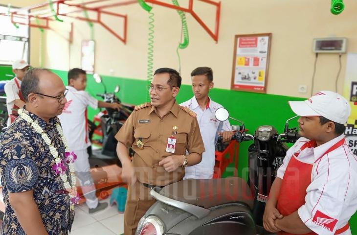 MPM Resmikan Bengkel Mitra AHASS Ke-17 di SMKN 2 Bangkalan