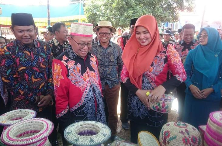 Demi Sukseskan Program Desa, Bupati Busyro Juga Minta Masyarakat Kreatif dan Inovatif