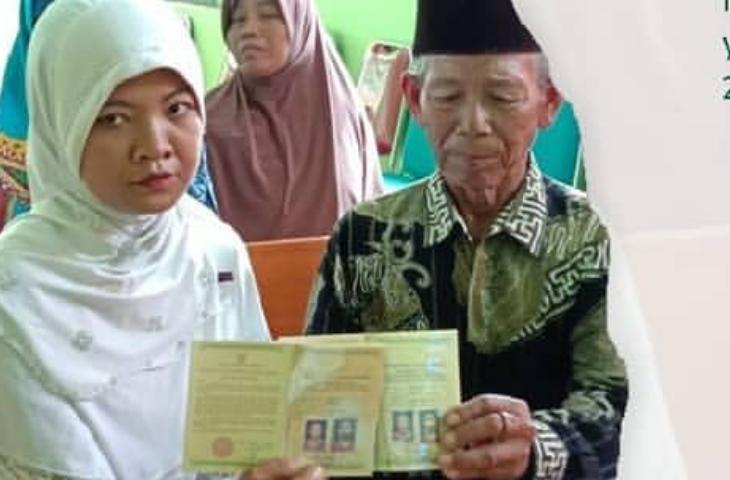 Kakek 70 Tahun Nikah 12 Kali, Sekarang Nikahi Janda 28 Tahun